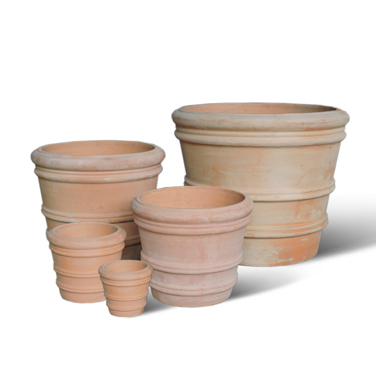 Lightweight terracotta pots